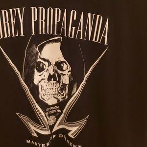NWOT Obey Propaganda T-shirt